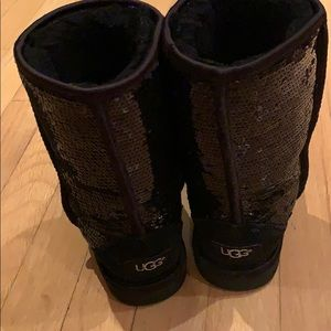 UGG sparkly boots, size 6 US